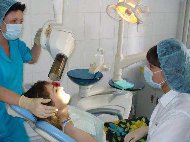 У ребенка не растет зуб после молочного