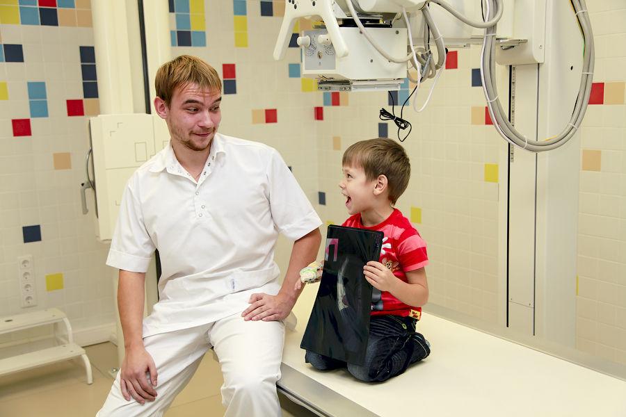 В каком возрасте и сколько можно делать рентгенографию детям