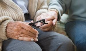 Дрожание рук в пожилом возрасте