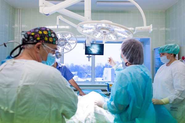 Медицинские светильники и операционные лампы - виды ламп и производители