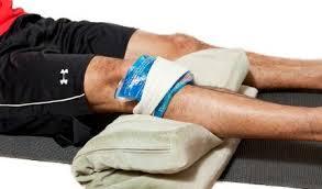 Первая помощь при закрытых травмах колена