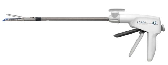 Эндоскопический сшивающе-режущий аппарат ETS Flex Ethicon