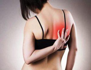 Боль под правой лопаткой сзади со спины - все причины