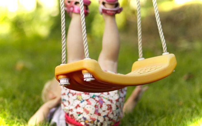 Падение - наиболее частая причина сотрясения мозга у детей